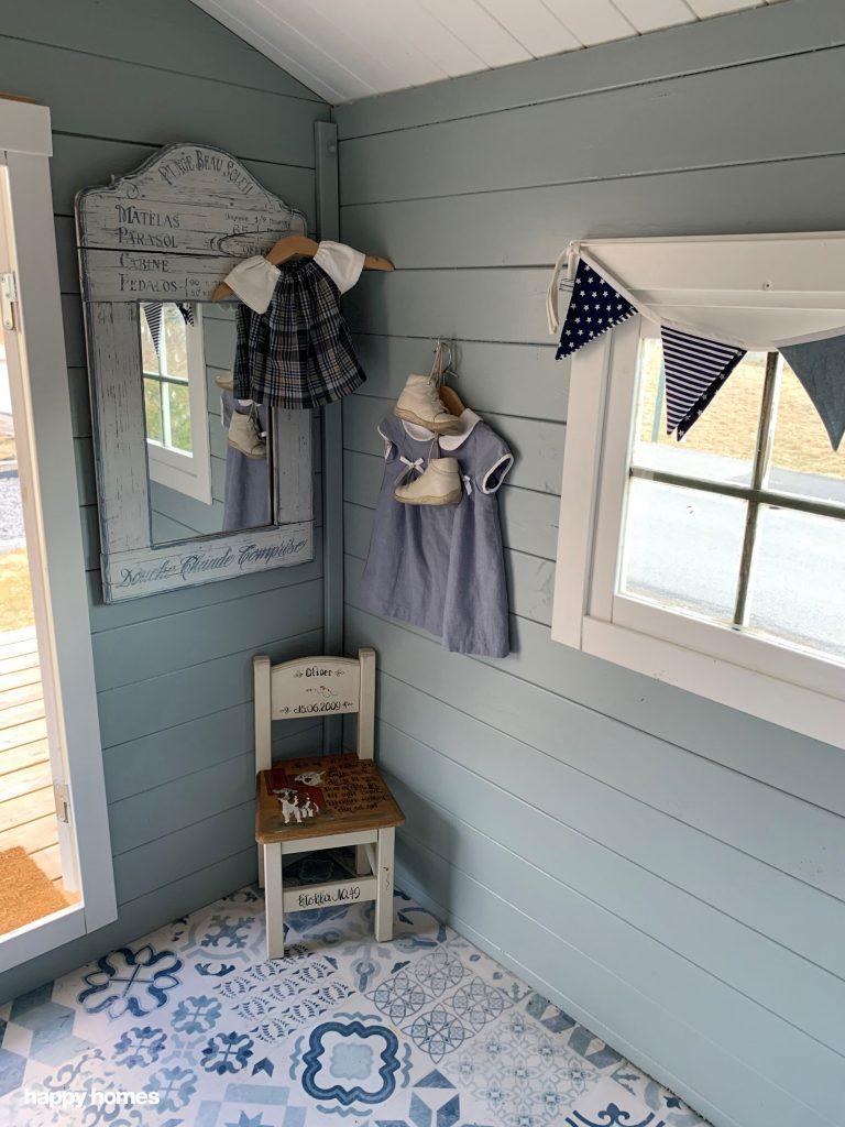 Oppussing av dukkestue av happy homes